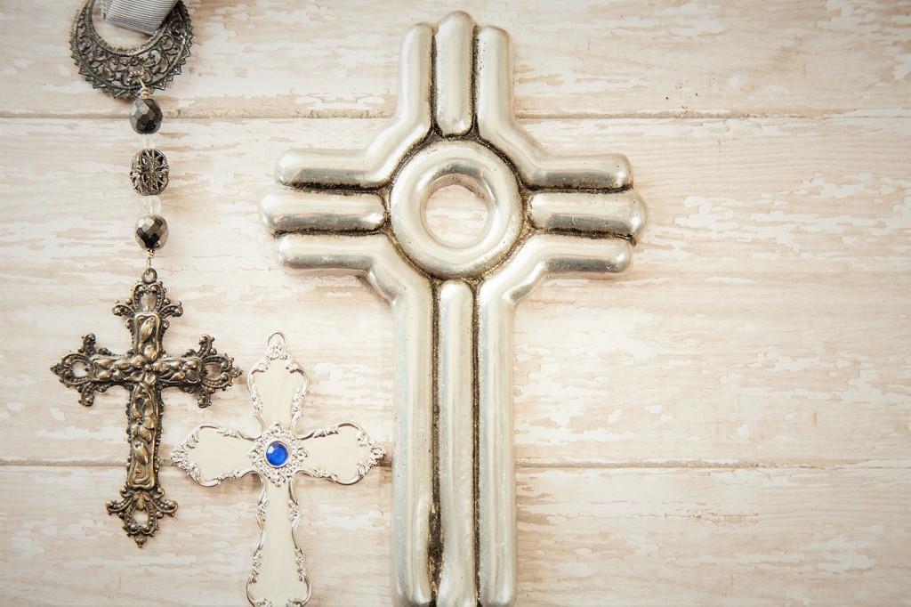 cross crucifix
